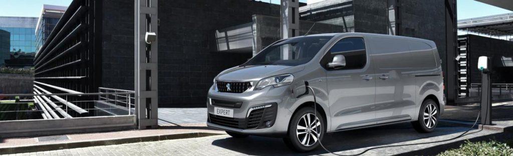 "Pristatytas jau trečiasis ""Peugeot"" komercinis elektromobilis – ""e-Expert"""